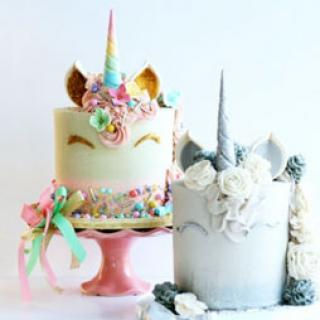 create themed cakes